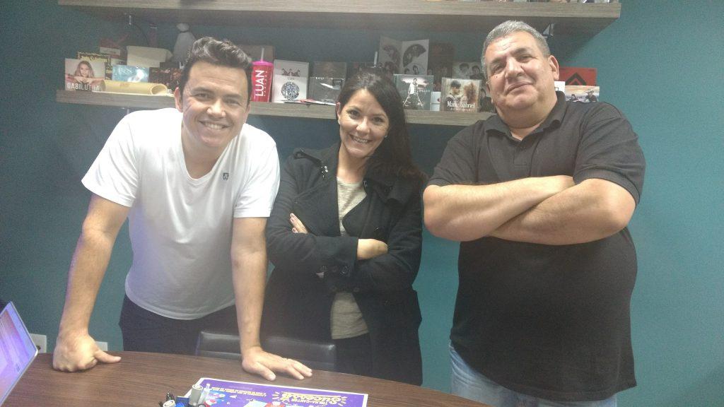 Divulgação em Rádio para Artistas com Profissionais do Paraná